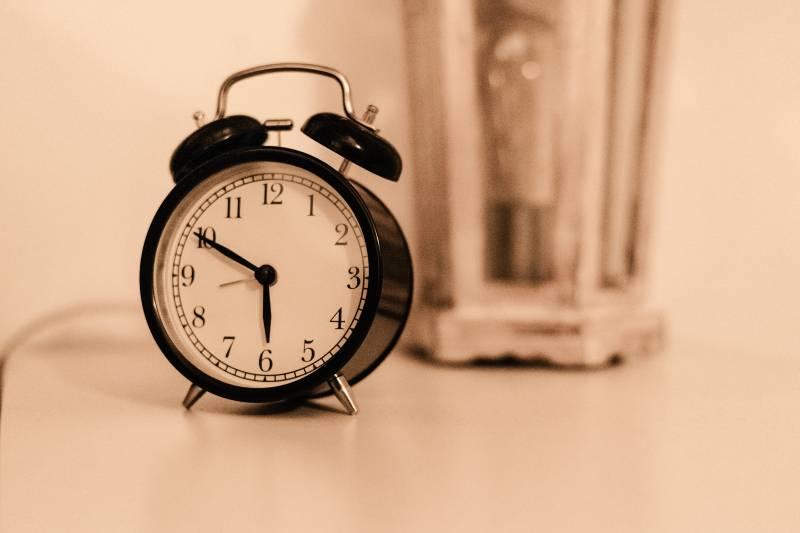 Mythos aufgedeckt: frühes Aufstehen macht dich nicht produktiver!
